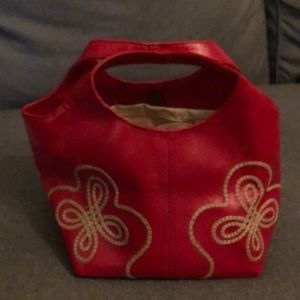 Vintage short bucket purse red and cream
